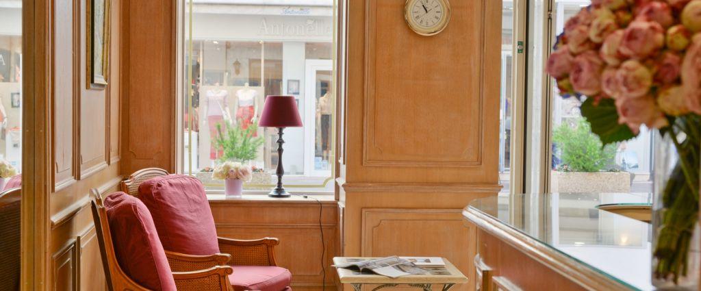 Hôtel 4 étoiles Cannes - Réception - Hotel Cannes Centre Univers - Longitude Hotels