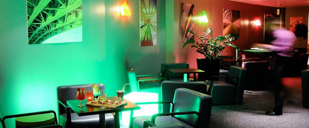 Hôtel 4 étoiles Genève - Bar Lounge - Best Western porte Sud Genève - Longitude Hotel