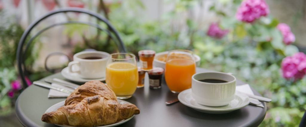 Hôtel 3 étoiles Paris - Petit-déjeuner- Classics Hotel Bastille - Longitude Hotel