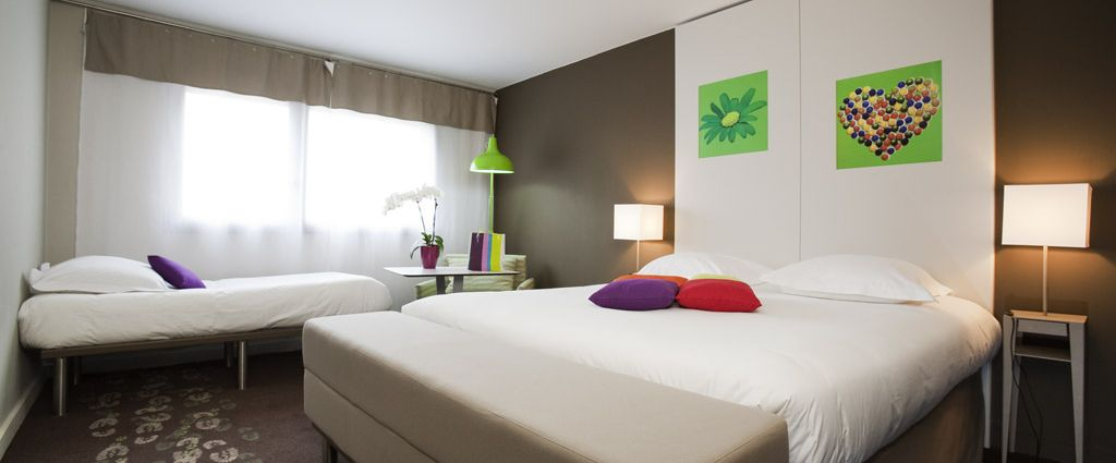 Hôtel 3 étoiles Ambilly - Chambre familiale Standard- Ibis Style Annemasse Genève - Longitude Hotel
