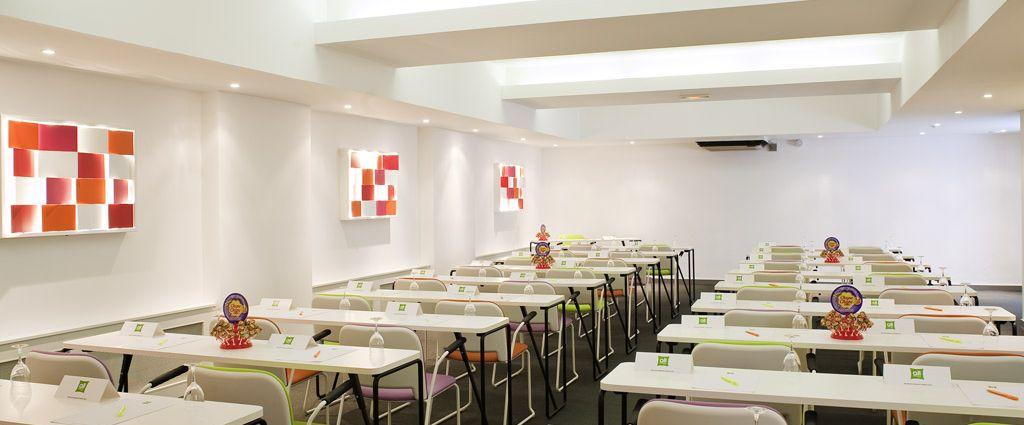 Hôtel 3 étoiles Ambilly - Salle de séminaire - Ibis Style Annemasse Genève - Longitude Hotel