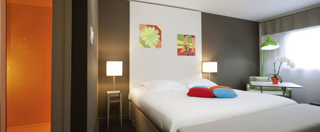 Hôtel 3 étoiles Ambilly - Décoration Chambre - Ibis Style Annemasse Genève - Longitude Hotel
