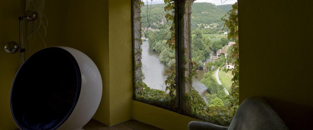 Hôtel 3 étoiles Quercy - Vue - Château de Saint-Cirq Lapopie - Longitude Hotel