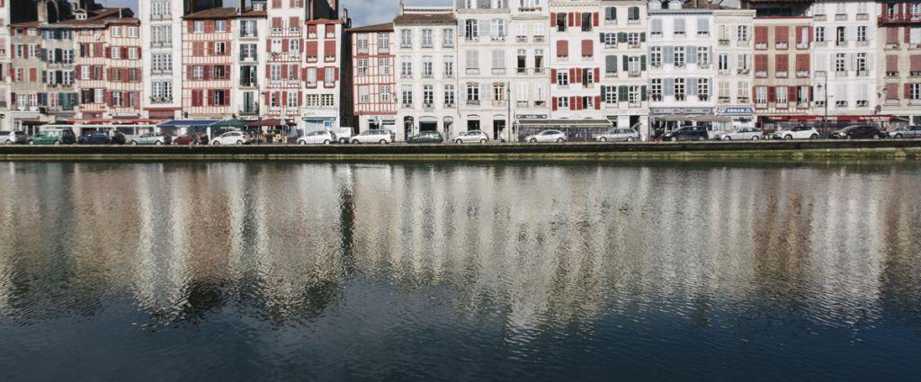Hôtel 4 étoiles Bayonne - Petit-déjeuner en chambre - Best Western Le Grand Hôtel Bayonne - Longitude Hotel
